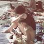 Ergotherapeutische Fachlektüre am Strand
