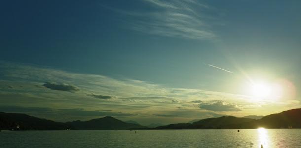 Sonnenuntergang in Klagenfurt, gesehen vom Strandbad aus, HDR