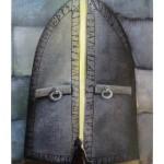 Bildkarte aus Dixit mit einem großen Tor durch das Licht fällt